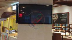 thi công màn hình LCD treo tường 43 inch tại lotte liễu giai